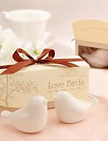 Pájaros del amor sal de cerámica y pimenteros favor de la boda (juego de 2)
