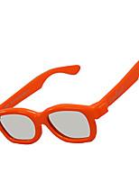 le-vision polarisée côté de la lumière par les enfants latérales des lunettes 3D pour le cinéma et la télévision en 3D
