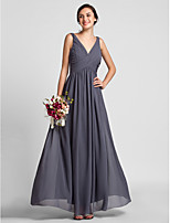 Floor-length Chiffon Bridesmaid Dress - Silver Plus Sizes / Petite Sheath/Column V-neck