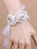 Wedding Flowers Wrist Corsages Wedding Special Occasion Party/ Evening Festival Satin Bead Rhinestone