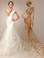 Trumpet/Mermaid Court Train Wedding Dress -V-neck Tulle