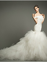 Fit & Flare Chapel Train Wedding Dress -Off-the-shoulder Tulle