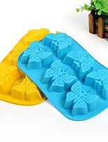 Butterfly Shaped Baking Molds Ice/ Chocolate / Cake Mold (Random Color)