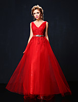 Formal Evening Dress - Ruby Petite A-line V-neck Sweep/Brush Train Lace / Tulle