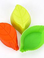 10pcs Leaf Shaped Silicone Baking Molds Cake Molds  (Random Color)