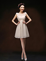 Knee-length Chiffon Bridesmaid Dress - Champagne Sheath/Column Scoop
