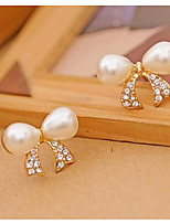 Pearl Bowknot Stud Earning