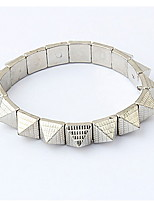 Vintage Alloy Triangle Rivet Connected Opening Bracelet