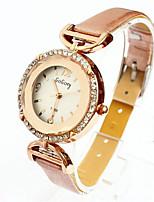 de haute qualité en verre ronde coin coupé la montre à quartz diamant des femmes