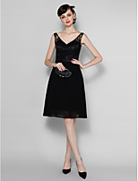Homecoming Knee-length Chiffon/Lace Bridesmaid Dress - Black A-line V-neck