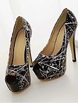 Women's Shoes Patent Platform Peep Toe/Platform Pumps/Heels Casual Black/White