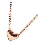 Women's sweet golden peach heart collarbone chain