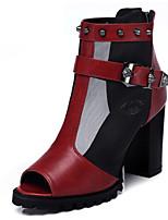 Calçados Femininos - Sandálias - Peep Toe - Salto Grosso - Preto / Vermelho - Borracha - Social