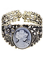 Alloy Hollow out Crystals Maria Bracelet