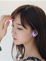 (3pcs)High Quality LED Lights Glowing Han Edition Earrings Sweet Zirconium Drill(Color random)