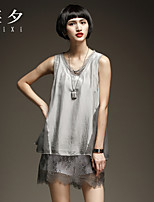 Women's Solid/Patchwork Gray Blouse , V Neck Sleeveless Lace/Layered