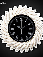 Modern/Contemporary/Retro Polyresin Round Wall Clock 16.6 x 16.6