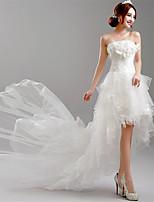 A-linje Asymmetrisk Brudklänning - Vit Axelbandslös Tyll