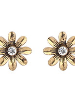 Women's  European And American Fashion Simple Flower Stud Earrings