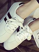 Calçados Femininos Courino Rasteiro Arrendondado Tênis Social Casual Preto/Vermelho