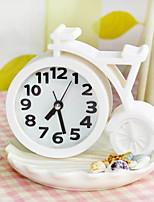 High Wheeler Bike Clock Home Decor Table Clock Ornament (Random Color)