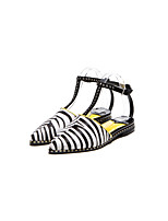 Women's Shoes Leather Flat Heel Novelty/Closed Toe Flats Outdoor/Casual Black/Yellow