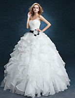 Ball Gown Wedding Dress - White Floor-length Sweetheart Velvet Chiffon