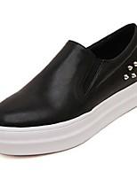 Calçados Femininos Couro Envernizado Plataforma Bico Fechado Tênis Social Casual Preto/Branco