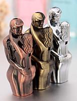 Lovers Hug Shaped Metal Jet Ligter Flame Cigar Butane Gas Windproof Lighter (Random Color)