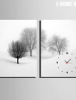 E-HOME® A Tree in The Snow Clock in Canvas 2pcs