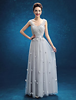Floor-length Lace Bridesmaid Dress - Silver Sheath/Column V-neck