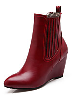 Women's Shoes Wedge Heel Fashion Boots / Pointed Toe Boots Dress / Casual Black / Red