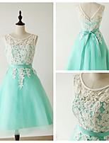 Knee-length Lace Bridesmaid Dress - Clover A-line Scoop