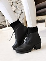 Women's Shoes Leatherette Chunky Heel Combat Boots / Round Toe Boots Outdoor / Office & Career / Casual Black / Beige
