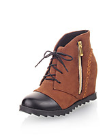 Women's Shoes Low Heel Round Toe / Closed Toe Boots Office & Career / Dress / Casual Black / Blue / Brown
