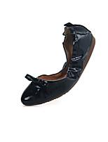 Women's Shoes Flat Heel Comfort / Pointed Toe Flats Outdoor / Office & Career / Dress / Casual Black / Red / Beige