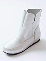 Women's Shoes Low Heel Round Toe / Closed Toe Boots Office & Career / Dress / Casual Black / White / Silver