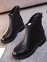 Women's Shoes  Low Heel Round Toe / Closed Toe Boots Office & Career / Dress / Casual Black