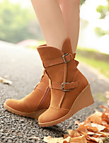 Women's Shoes Leatherette Wedge Heel Fashion Boots / Closed Toe Boots Outdoor / Office & Career / Dress / CasualBrown /