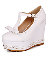 Women's Shoes Platform Comfort / Round Toe Heels Wedding / Outdoor / Dress / Casual Black / White / Almond