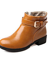 Women's Shoes Leatherette Low Heel Heels / Round Toe Boots Outdoor / Office & Career / Casual Black / Yellow / White
