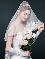 Wedding Veil One-tier Elbow Veils / Fingertip Veils Lace Applique Edge
