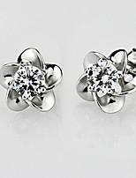 S925 Fine Silver Flower Shape Crystal Stud Earrings