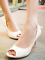 Women's Shoes Patent Leather Stiletto Heel Heels / Peep Toe Sandals Office & Career / Dress / Casual Pink / White