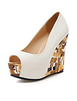 Women's Shoes Wedge Heel Wedges / Peep Toe / Platform Sandals Party & Evening / Dress / Casual White