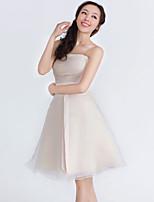 Knee-length Organza / Satin Bridesmaid Dress - Champagne A-line Strapless