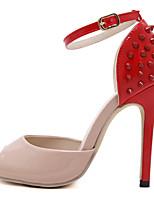 Calçados Femininos-Sandálias-Saltos / Peep Toe / Inovador-Salto Agulha-Preto / Vermelho-Couro Envernizado-Casamento / Social / Festas &