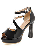 Women's Shoes Patent Leather Chunky Heel Peep Toe / Platform Sandals Office & Career / Party & Evening / Dress Black