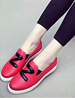 Women's Shoes Leatherette Flat Heel Comfort Loafers Outdoor / Casual Black / Red / White