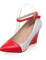 Women's Shoes Leatherette Wedge Heel Wedges / Pointed Toe Heels Wedding / Office & Career  / Casual Black / Red